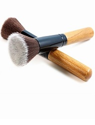 Powder & Blush Brushes