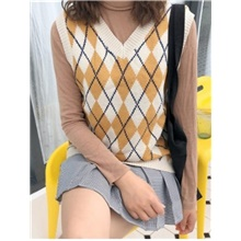 women's sweater vest v neck cable knit black sweater vest for women sleeveless Almond,One-Size